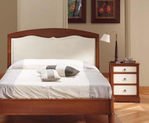 habitacion pequeña cama mesilla
