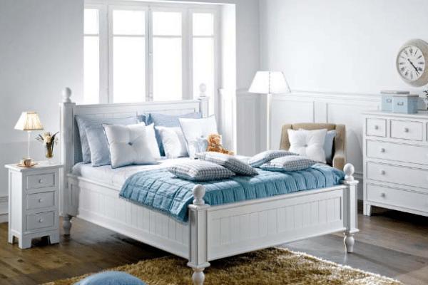 dormitorio blanco y azul