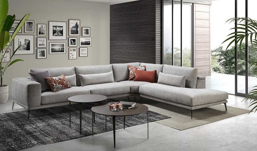 Sofá tapizado clásico en azul